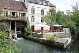 Auverge des Vieux Moulins Banaux - Villeneuve l'Archevêque