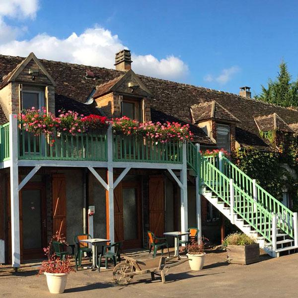 Le Sabbatin - Motel - Theil sur Vanne